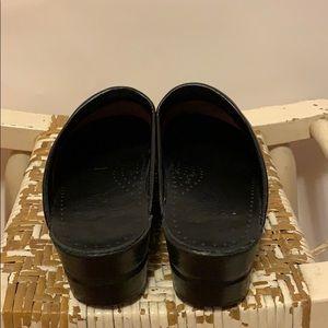 Dansko Shoes - Dansko Red-Brown Leather Clogs Size 37